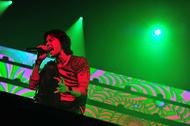 稲葉浩志(B'z)、アリーナツアーの映像作品を8月3日にリリース!