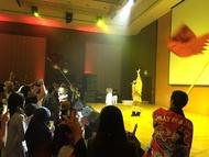 佐咲紗花と米倉千尋がカタールで開催された東北復興イベントに出演、アニソンで友好の輪を繋ぐ
