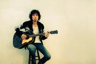 斉藤和義、ドラマ主題歌としても話題の新曲「遺伝」MVを公開