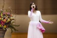 大原櫻子、卒業生にサプライズで「ひらり」を熱唱