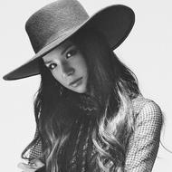 Superfly、ファン投票上位の人気楽曲「愛に抱かれて」MVを公開