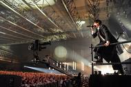 [Alexandros]、アルバムツアー最終日に映像作品化を発表&日本ガイシホール単独ライブ決定!