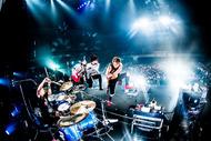 BLUE ENCOUNT、大規模全国ツアーが福岡で大団円