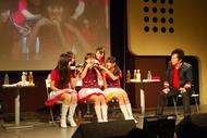 トークイベントにシークレットで登場した水木一郎と、ももいろクローバーZ ListenJapan