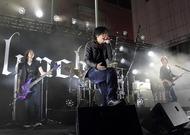 新宿・歌舞伎町シネシティ広場でフリーライヴを開催したlynch.