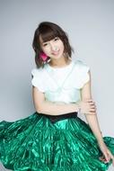 メジャー1stシングルがオリコン週間シングルランキング初登場3位を獲得した飯田里穂