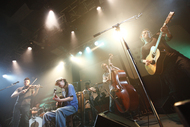 『New Acoustic Camp 2011』のプレイベントを行ったOAU