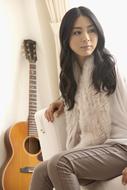 亀田誠治がプロデュースしたニューシングルをリリースする植村花菜