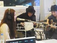 TOKYO FM渋谷スペイン坂スタジオに登場したSuperfly Listen Japan