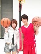 藍井エイルと、「アクセンティア」MVで共演したバスケ・五十嵐圭選手