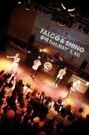 大阪出身の2MC、FALCO&SHINOがデビュー曲をライヴ初披露
