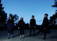 体調不良の為一時バンドを離れることになった飯田裕(写真左端)