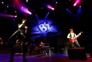 ロサンゼルスで北米ツアー最終公演を行ったB'z Listen Japan