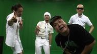 番組MCの山崎弘也(アンタッチャブル)とED曲を担当するRHYMESTER Listen Japan