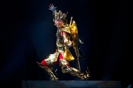 公開舞台稽古より、ゴールドクロスを纏った星矢 ListenJapan