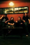 9月に「詩集」を発売するBRAHMANのTOSHI-LOW(写真右から2番目) Listen Japan