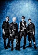 L→R テラ(Gu&Programming)、takao(Vo)、鳴風(Gu)、坂本尭之(Ba)