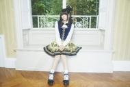 10月にはアルバム先行シングルとして「齧りかけの林檎」をリリースする竹達彩奈