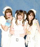 インターネット動画投稿サイトから人気に火がついたベッキー・クルーエルがユニット結成 Listen Japan