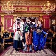 12月17日に2ndアルバムをリリースするEMERGENCY