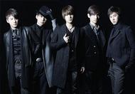 初のベストアルバム「BEST SELECTION 2010」をリリースした東方神起