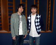 左:鈴村健一さん、右:石田 彰さん