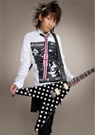 改名後初のシングルがアニメ「HEROMAN」のOPテーマに決定したTETSUYA