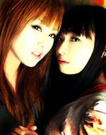 WEBラジオを担当するARTERY VEINの喜多村英梨(左)、今井麻美(右)
