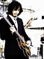 「ずっと好きだった」PVでビートルズを再現した斉藤和義