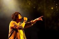 鈴村健一が自身初の野外ワンマンライブを2日間にわたって開催