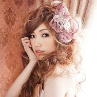 福岡県出身のシンガーソングライター、CHIHIRO