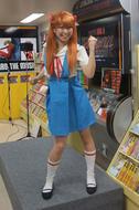 いつもと同じアスカのコスプレでイベントに登場した桜・稲垣早希さん