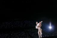 """20周年記念LIVE""""FOLLOW ME""""をさいたまスーパーアリーナにて開催した坂本真綾"""