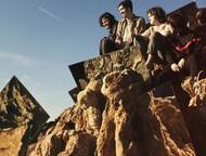 スペインから飛び出した世界的人気を博す浮遊系ダンス・ロック・バンド、デロレアン