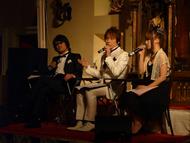 イベントに登場した藤原啓治さん(左)、置鮎龍太郎さん(中央)、佐藤利奈さん(右)