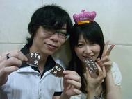 間島淳司さん(左)と、井ノ上奈々さん(右)