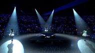 """""""Trident""""1stライブ""""Blue Snow""""ダイジェスト映像より (C)Ark Performance/少年画報社・アルペジオパートナーズ """"Trident""""1stライブ""""Blue Snow""""ダイジェスト映像より (C)Ark Performance/少年画報社・アルペジオパートナーズ"""