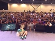 シンガポールにて自身初の海外ライブを行った綾野ましろ
