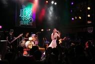 渋谷WWWにて7thソロライブを開催した織田かおり