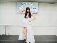 ニューアルバムの発売記念ミニライブ&トーク&サイン会イベントを開催したCeui(セイ)