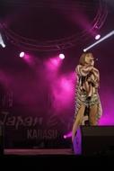 """フランス・パリでの""""JAPAN EXPO""""に出演。ライブを披露した藍井エイル"""