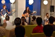 7月14日に行われた【music.jp Secret Acoustic Live】に出演したChelsy