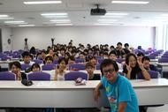 7月21日(火)、ジョージ・ウイリアムズが日本工学院にてサプライズで特別講義