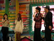 イベントに出演した牧野由依(画像左端)