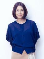 コラボベスト盤『コラボレーキョン』を発売する小泉今日子 Listen Japan