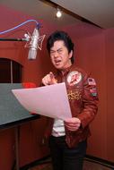 レコーディング中の水木一郎アニキ ListenJapan