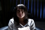 「AKBホラーナイト」第1話「ハサミ」に主演する木崎ゆりあ(AKB48) (c)テレビ朝日 「AKBホラーナイト」第1話「ハサミ」に主演する木崎ゆりあ(AKB48) (c)テレビ朝日