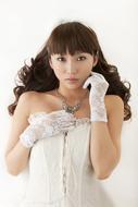 「GOSICK−ゴシック−」OPテーマの発売を記念してインストアイベントを行うyoshiki*lisa(よしきりさ)