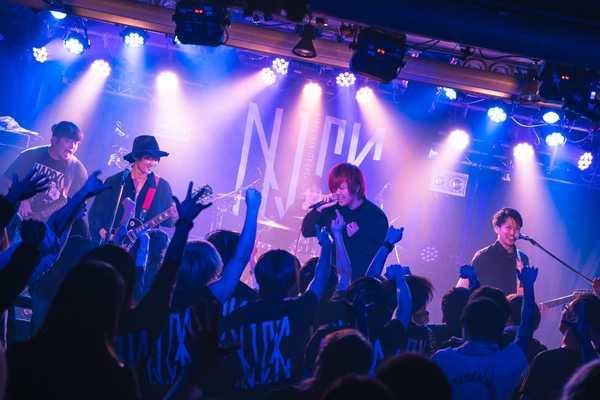 11月27日@大塚Hearts+ photo by ATSUSHI