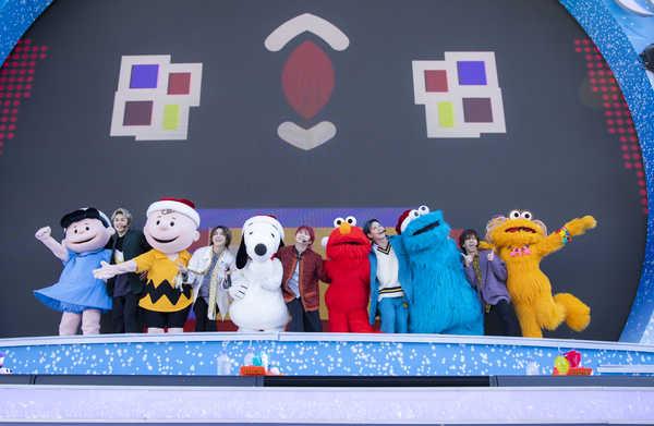 12月25日@ユニバーサル・スタジオ・ジャパン photo by  米山三郎 (c) 2019 Peanuts Worldwide LLC TM & (c) 2019 Sesame Workshop